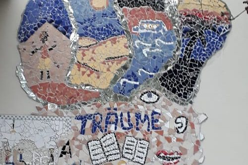 Wandbild der Alfred-Adler-Schule
